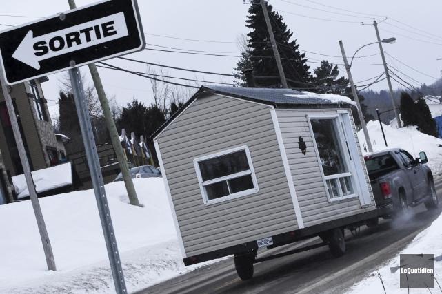 Les dernières cabanes ont officiellement quitté les glaces... (Photo Le Quotidien, Michel Tremblay)