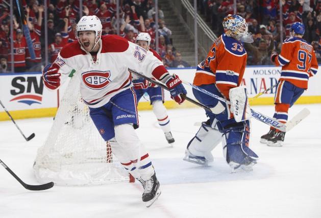 L'attaquant du Canadien de Montréal, Alex Galchenyuk, manifeste... (La Presse canadienne, Jason Franson)