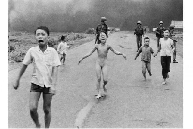Le photojournaliste Nick Ut a immortalisé «la fille... (PHOTO ARCHIVES AP)