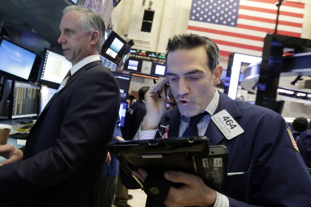 Le Dow Jones a perdu 21,50 points à... (PHOTO AP)