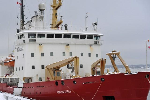 Un officier du Amundsen, le bateau de la... (Archives Le Nouvelliste)