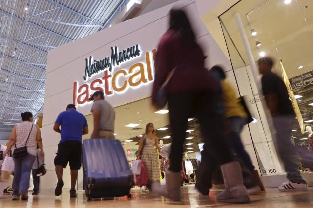 Une boutique Neiman Marcus à Miami... (AP, Alan Diaz)