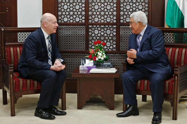 Jason Greenblatt a rencontré Mahmoud Abbas mardi à... (PHOTO AFP)