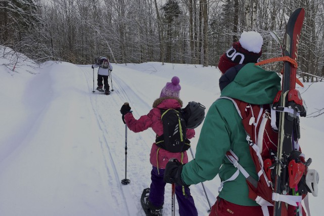 Raquette ou ski? Et pourquoi pas les deux?... (Photo collaboration spéciale Jean-Sébastien Massicotte)