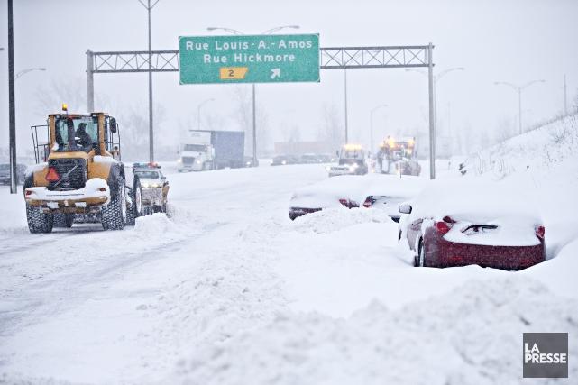 Plusieurs centaines de véhicules sont restés pris toute... (Patrick Sanfaçon, La Presse)