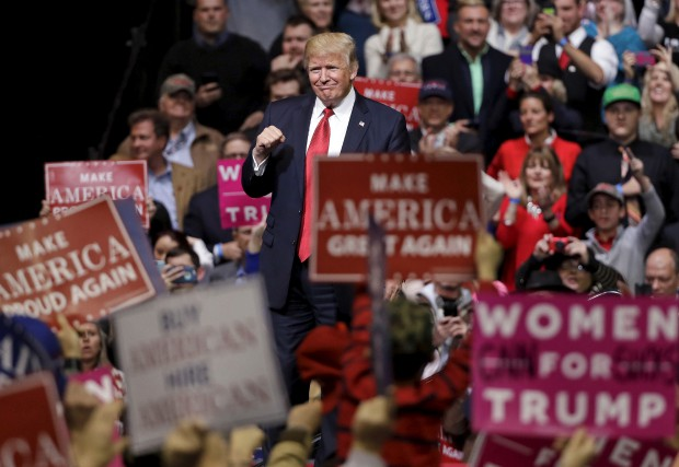 Donald Trump dans un rassemblement à Nashville, mercredi... (AP, Mark Humphrey)