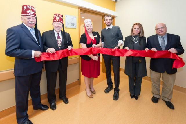 De gauche à droite: Bill Miller, Jerry G.... (Photo fournie par l'Hôpital Shriners pour enfants - Canada)