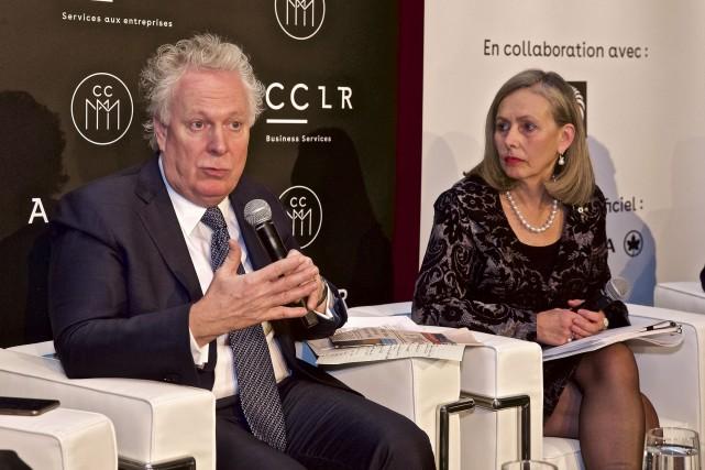 Jean Charest a participé jeudi à une discussion... (André Pichette, La Presse)