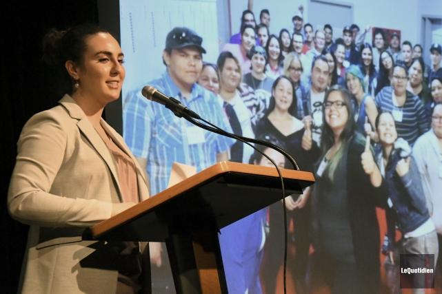 La porte-parole du comité des jeunes de l'Assemblée... (Photo Le Quotidien, Michel Tremblay)