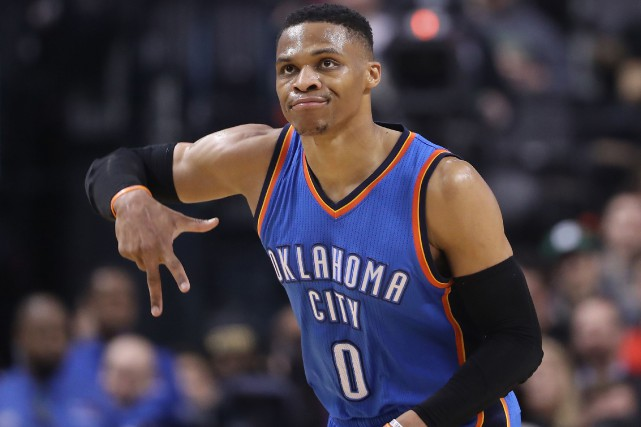 Russell Westbrook a réussi son 34e triple double de la... (Photo Tom Szczerbowski, USA TODAY Sports)