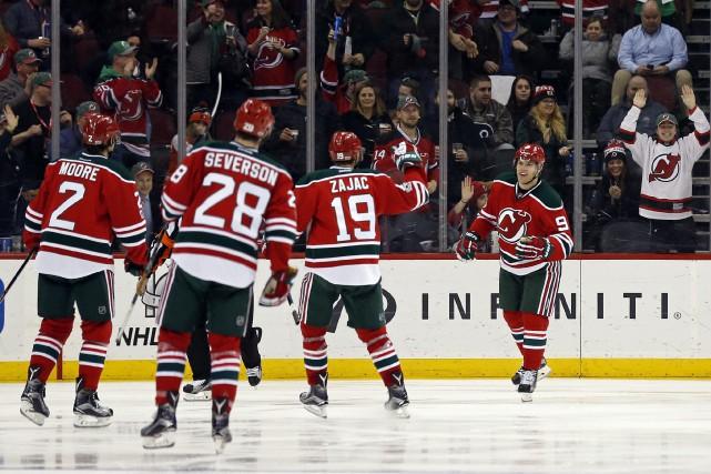 Les Devils du New Jersey ont mis un... (PHOTO Adam Hunger, AP)