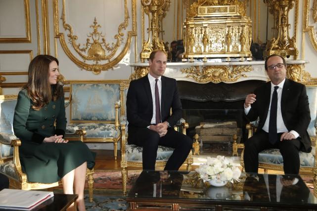 Le duc et la duchesse de Cambridge ont... (Photo Thibault Camus, AP)