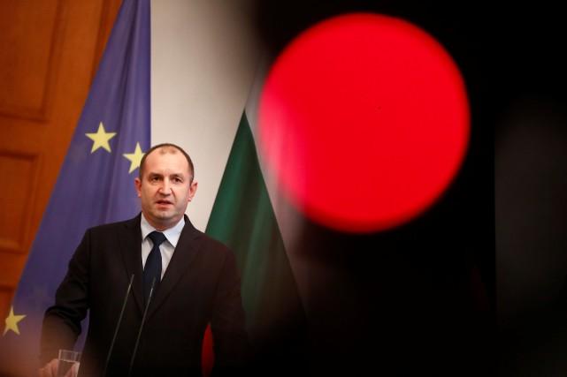 Le président bulgare Rumen Radev a dénoncé les... (Photo Fabrizio Bensch, REUTERS)
