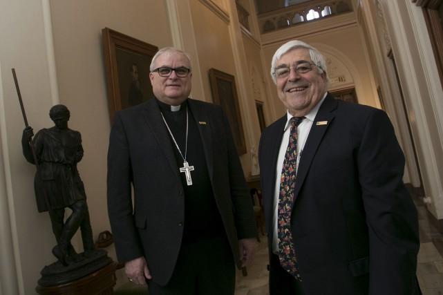 L'archevêque de Sherbrooke, Monseigneur Luc Cyr, et le... (Spectre Média, Frédéric Côté)
