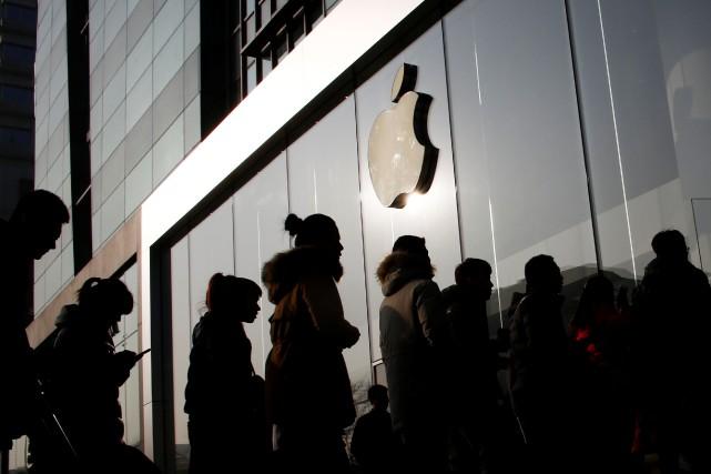 Apple compte plus de 12 000 employés dans... (Photo Thomas Peter, REUTERS)