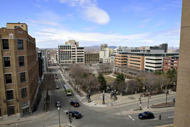 La Ville permettra dorénavant des édifices de 33... (Le Soleil, Pascal Ratthé)