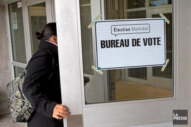 Les élus du Sud-Ouest et d'Outremont ont adopté... (PHOTO ROBERT SKINNER, ARCHIVES LA PRESSE)