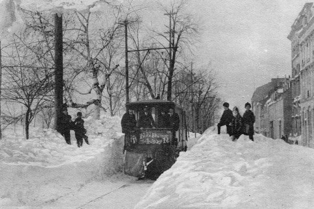 La rue d'Auteuil entre 1908 et 1926... (Photo Archives de la Ville de Québec, N10626)