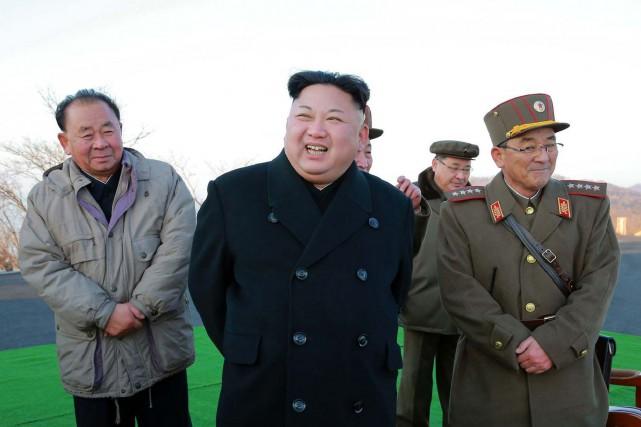 En présence du leader Kim Jong-Un, la Corée... (Archives AFP)