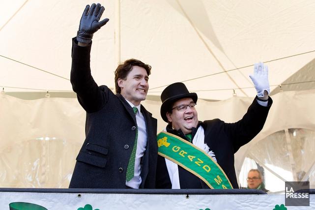 Le premier ministre Justin Trudeau et le maire... (PHOTO ROBERT SKINNER, LA PRESSE)
