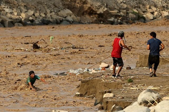 La capitale péruvienne Lima a été touchée par... (Photo Mariana Bazo, REUTERS)