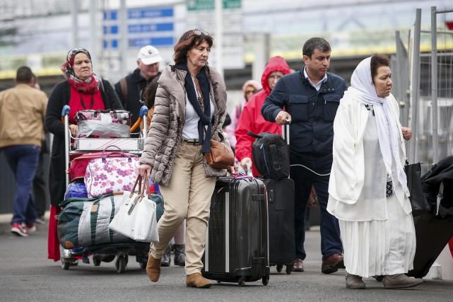 L'attaque de samedi a entraîné l'évacuation de 3000... (AP, Kamil Zihnioglu)