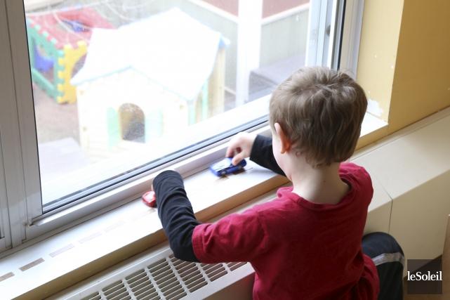 Québec consacrera 29 millions $ à son plan 2017-2022 sur l'autisme et espère... (Photothèque Le Soleil)