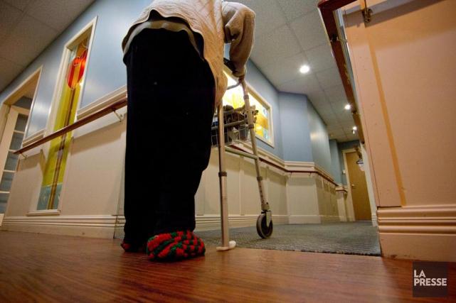 «Nos aînés sont trop nombreux à subir de... (PHOTO IVANOH DEMERS, ARCHIVES LA PRESSE)