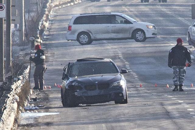 La voiture qui transportait quatre personnes venait de... (Photo Patrick Sanfaçon, La Presse)