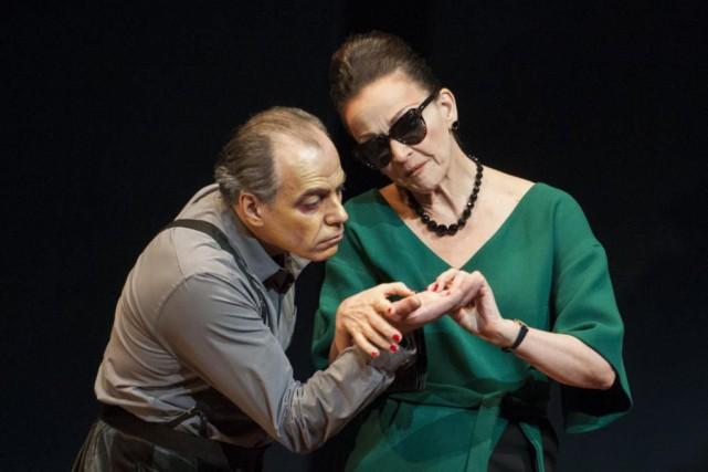 Jean-François Casabonne et Sylvie Drapeau incarnent Harpagon et... (PhotoGunther Gamper, fournie par leThéâtre Denise-Pelletier)