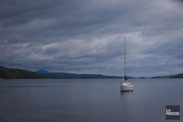 Le lac Memphrémagog constitue une source d'eau potable... (Archives La Presse)
