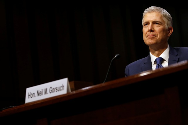 Partisan de la peine de mort, Neil Gorsuch défend... (PHOTO REUTERS)