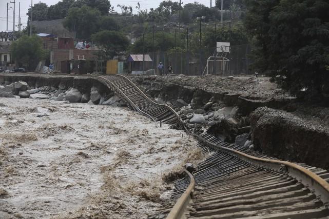 Les stagiaires du CSI au Pérou sont touchés... (Associated Press, Martin Mejia)