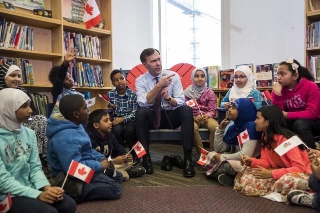 Le ministre des Finances Bill Morneau a rencontré... (La Presse canadienne)