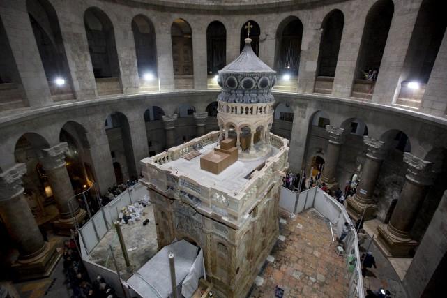 La restauration a permis de mettre à jour... (AP, Sebastian Scheiner)