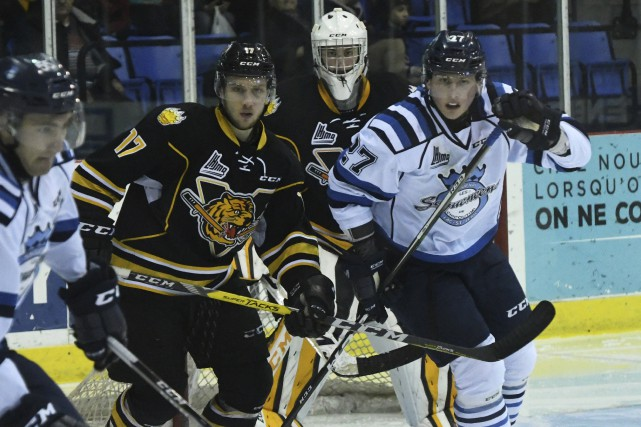 Saguenay (Chicoutimi), les sags contre victoriaville.Photo: Michel Tremblay...