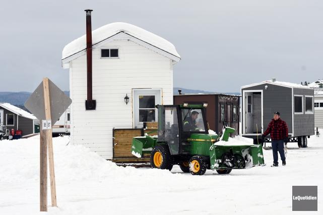 La saison de pêche blanche sur la lac... (Photo Le Quotidien, Rocket Lavoie)