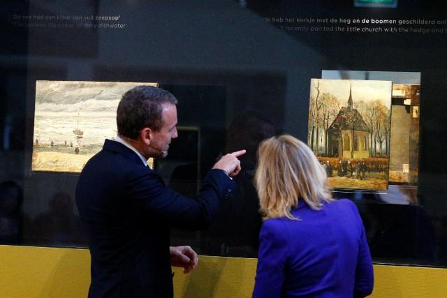 Les deux tableaux sont à nouveau exposés au... (Photo Michael Kooren, REUTERS)