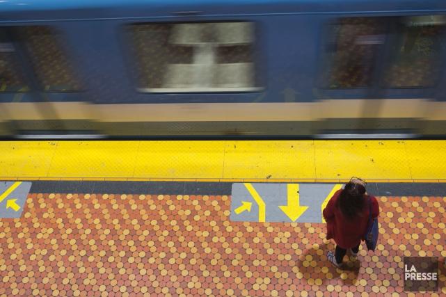 Le service a repris sur la ligne verte du métro de Montréal entre les stations... (Photo François Roy, archives La Presse)