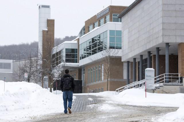L'Université de Sherbrooke adoptera une politique dans laquelle... (Archives, La Tribune)