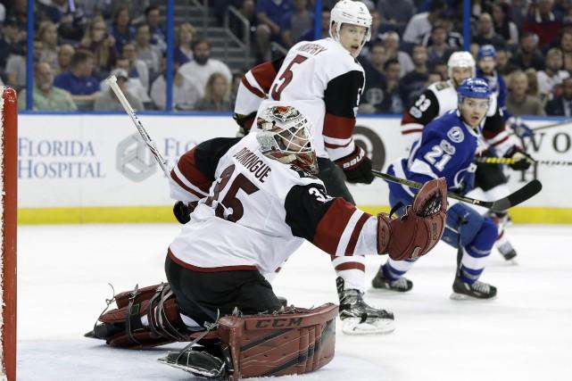 Radim Vrbata a dénoué l'impasse en début de troisième période et les Coyotes de... (PHOTO AP)