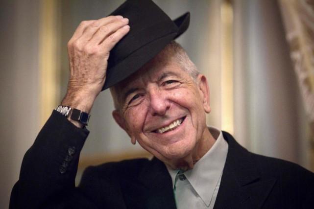 Une oeuvre murale en hommage à l'auteur-compositeur-interprète Leonard Cohen... (PhotoJOEL SAGET, archives Agence France-Presse)