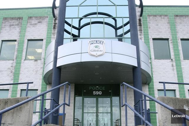 Le poste de police du boulevard Gréber, à... (Archives, Le Droit)