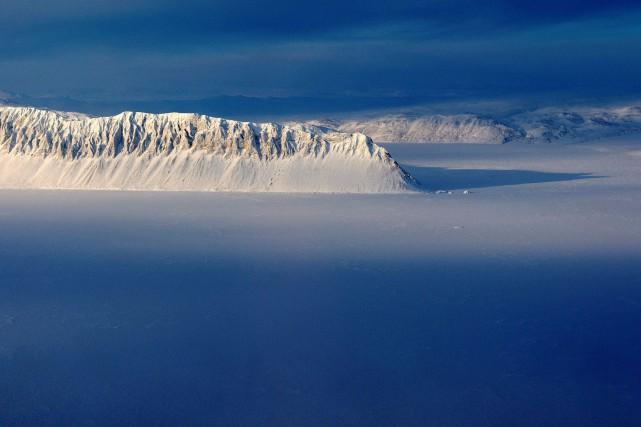 La banquise arctique atteignait 14,42 millions de kilomètres... (PHOTO Michael Studinger, ARCHIVES REUTERS/NASA)