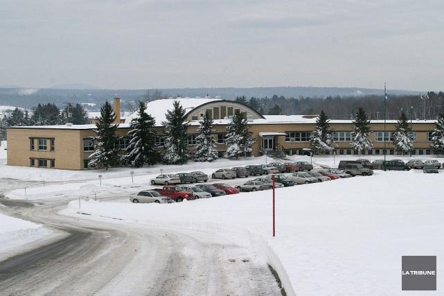 Le pavillon Val-du-Lac du Centre jeunesse de l'Estrie... (Archives, La Tribune)