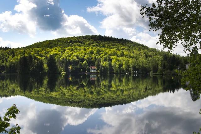 Saint-Mathieu-du-Parc regorge de lacs et de forêts. À... (Sylvain Mayer, Le Nouvelliste)