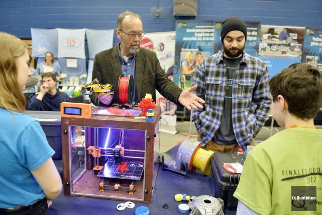 L'imprimante 3D du département de génie mécanique du... (Photo Le Quotidien, Jeannot Lévesque)