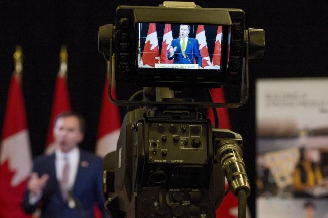 Le budget Morneau de 2017 ressasse plusieurs annonces... (La Presse canadienne, Justin Tang)