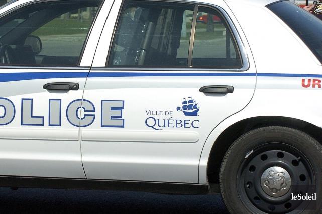 Une adolescente qui serait âgée de 13ans a été arrêtée lundi soir pour s'en... (Photothèque Le Soleil)