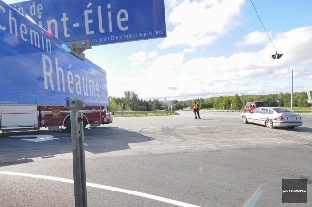 Des accidents ont eu lieu à l'intersection des... (Archives La Tribune, Julien Chamberland)